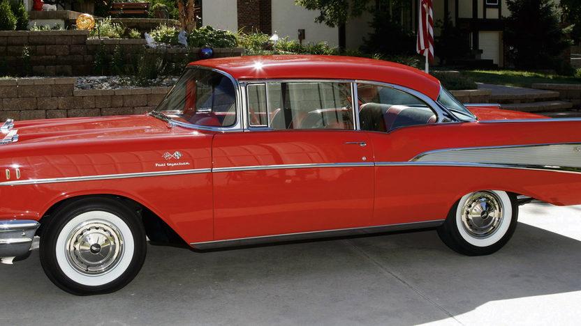1957 Chevrolet Bel Air 2-Door Hardtop 283/283 HP, 3-Speed presented as lot S81 at Kansas City, MO 2011 - image2