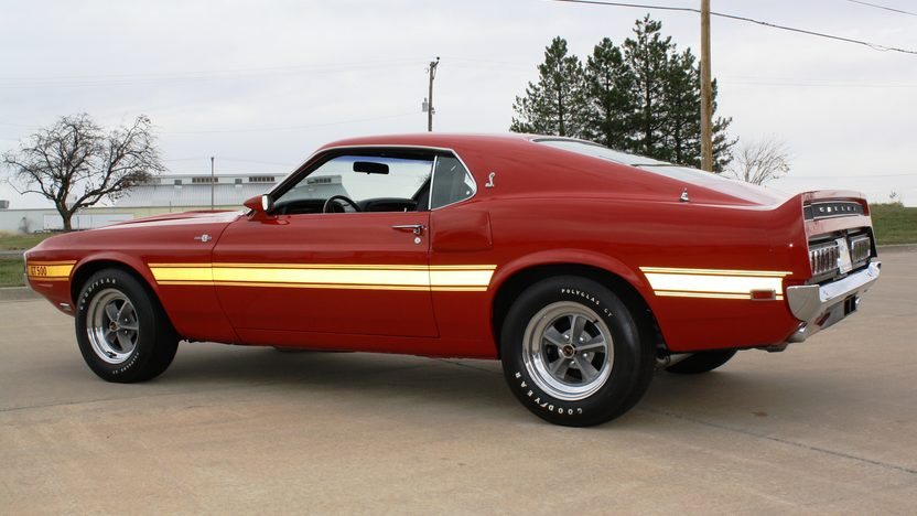 1969 Shelby GT500 Fastback 428 CI, Automatic presented as lot S82 at Kansas City, MO 2011 - image2