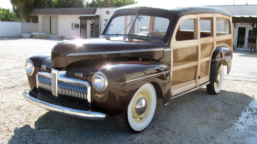 1942 Ford Woody Station Wagon presented as lot S96 at Kansas City, MO 2011 - image12