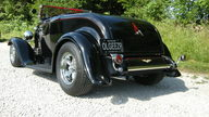 1932 Ford Street Rod Roadster 355 CI, Automatic presented as lot S102 at Kansas City, MO 2011 - thumbail image3