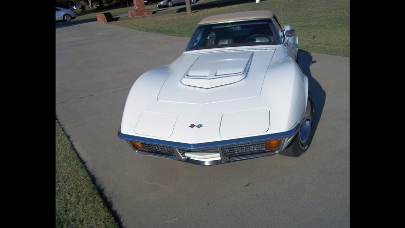 1972 Chevrolet Corvette LT1 Convertible 350/255 HP, 4-Speed presented as lot S119 at Kansas City, MO 2011 - image3
