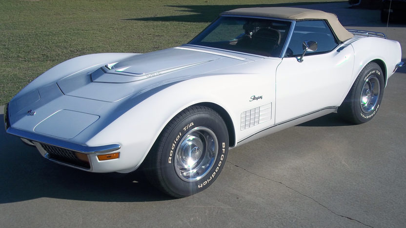 1972 Chevrolet Corvette LT1 Convertible 350/255 HP, 4-Speed presented as lot S119 at Kansas City, MO 2011 - image8