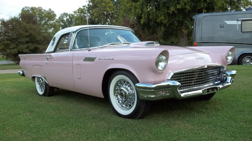 1957 Ford Thunderbird 312/245 HP, Automatic presented as lot S121 at Kansas City, MO 2011 - image4