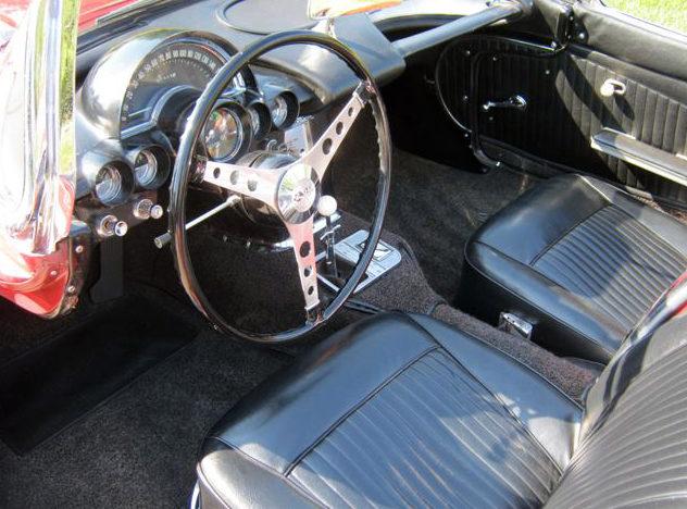 1962 Chevrolet Corvette Convertible 327 CI, 4-Speed presented as lot S135 at Kansas City, MO 2011 - image4