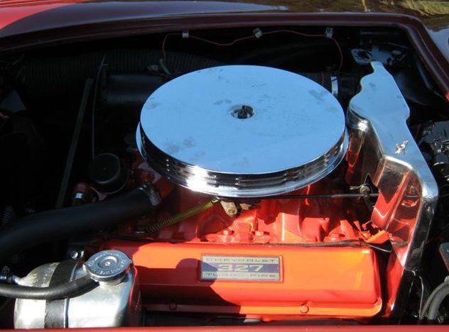 1962 Chevrolet Corvette Convertible 327 CI, 4-Speed presented as lot S135 at Kansas City, MO 2011 - image7