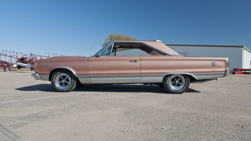 1967 Plymouth Satellite 472/600 HP, Automatic presented as lot S142 at Kansas City, MO 2011 - image2