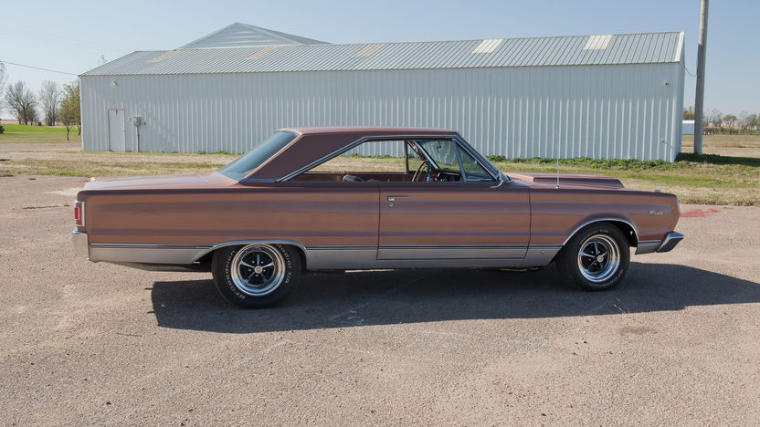1967 Plymouth Satellite 472/600 HP, Automatic presented as lot S142 at Kansas City, MO 2011 - image4