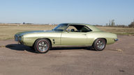 1969 Pontiac Firebird 350 CI, Automatic presented as lot S143 at Kansas City, MO 2011 - thumbail image2
