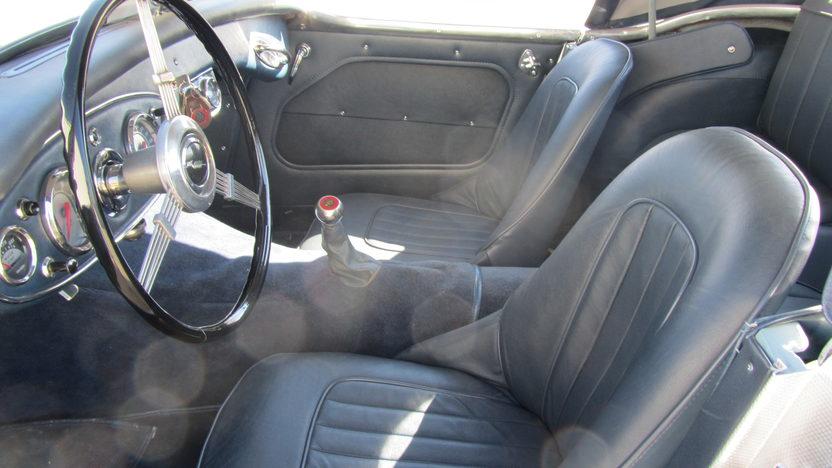 1959 Austin-Healey  Convertible 302/315 HP, 4-Speed presented as lot S144 at Kansas City, MO 2011 - image3