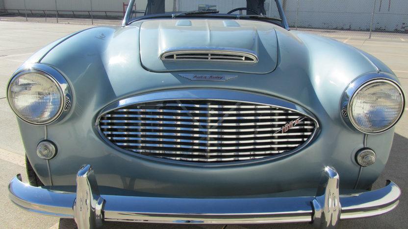 1959 Austin-Healey  Convertible 302/315 HP, 4-Speed presented as lot S144 at Kansas City, MO 2011 - image5