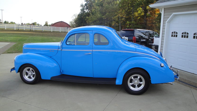1940 Ford  Coupe 350 CI, Automatic presented as lot S145 at Kansas City, MO 2011 - image2