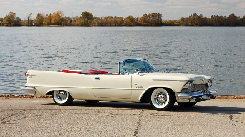 1958 Chrysler Imperial Crown Convertible presented as lot S146 at Kansas City, MO 2011 - image8