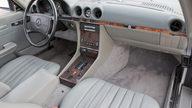 1986 Mercedes-Benz 560 SL Convertible 5.6L, Automatic presented as lot F190 at Kansas City, MO 2011 - thumbail image4