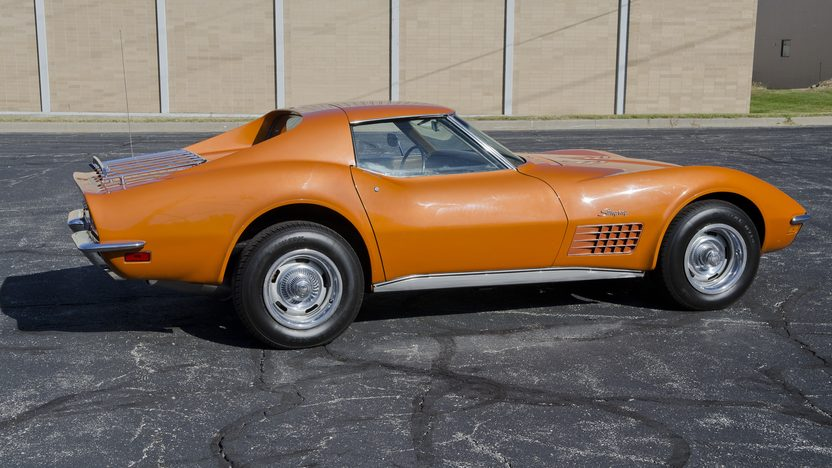 1971 Chevrolet Corvette Coupe 350/270 HP, Automatic presented as lot F83.1 at Kansas City, MO 2011 - image2