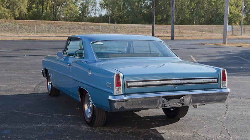 1967 Chevrolet Nova SS 2-Door Hardtop 327/275 HP, 4-Speed presented as lot F121.1 at Kansas City, MO 2011 - image2