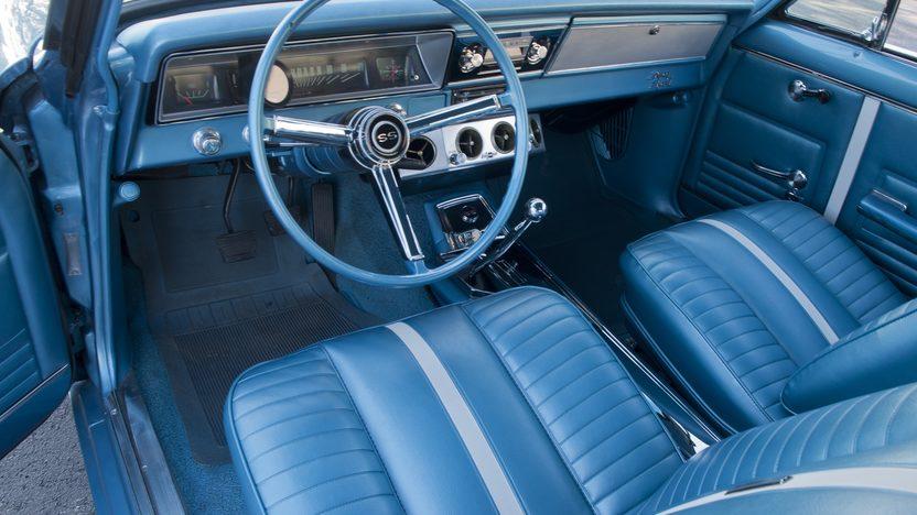 1967 Chevrolet Nova SS 2-Door Hardtop 327/275 HP, 4-Speed presented as lot F121.1 at Kansas City, MO 2011 - image3