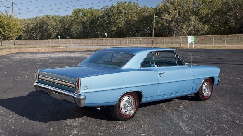 1967 Chevrolet Nova SS 2-Door Hardtop 327/275 HP, 4-Speed presented as lot F121.1 at Kansas City, MO 2011 - image7