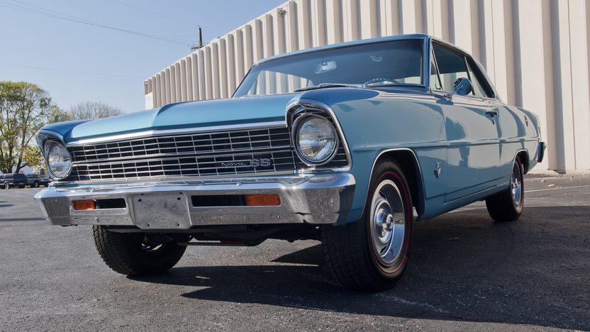 1967 Chevrolet Nova SS 2-Door Hardtop 327/275 HP, 4-Speed presented as lot F121.1 at Kansas City, MO 2011 - image8
