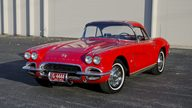 1962 Chevrolet Corvette 327/340 HP, 4-Speed presented as lot T209 at Kansas City, MO 2011 - thumbail image9