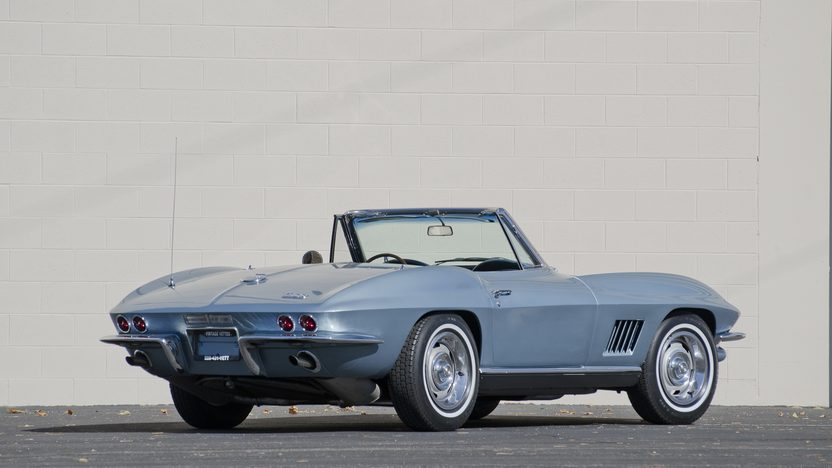1967 Chevrolet Corvette Convertible 327/350 HP, 4-Speed presented as lot S83.1 at Kansas City, MO 2011 - image3