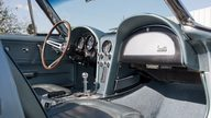 1967 Chevrolet Corvette Convertible 327/350 HP, 4-Speed presented as lot S83.1 at Kansas City, MO 2011 - thumbail image6