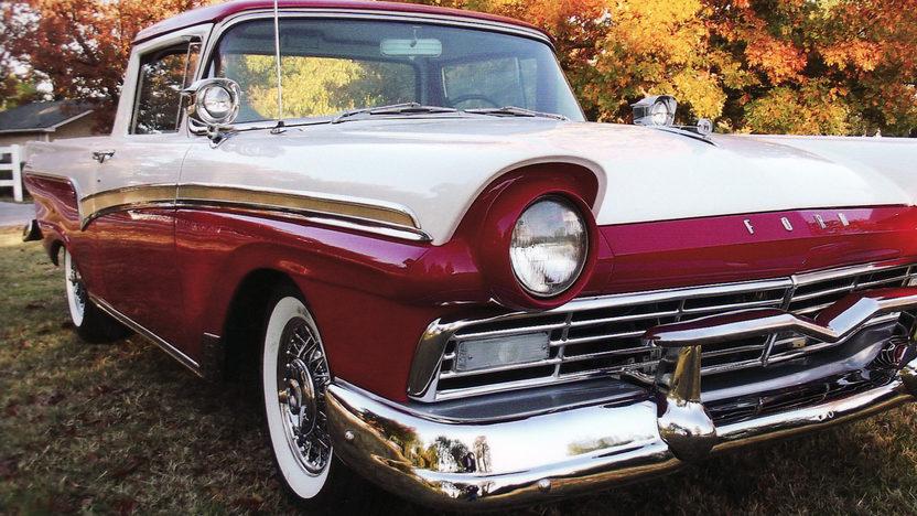 1957 Ford Ranchero presented as lot S105.1 at Kansas City, MO 2011 - image7