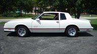 1987 Chevrolet Monte Carlo SS 305 CI, Automatic presented as lot F76.1 at Kansas City, MO 2011 - thumbail image2