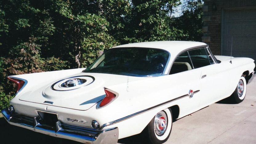 1960 Chrysler 300F 2-Door Hardtop 413/375 HP, Automatic presented as lot F120.1 at Kansas City, MO 2011 - image2