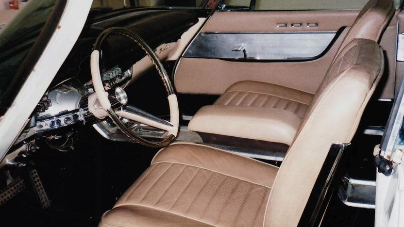 1960 Chrysler 300F 2-Door Hardtop 413/375 HP, Automatic presented as lot F120.1 at Kansas City, MO 2011 - image3