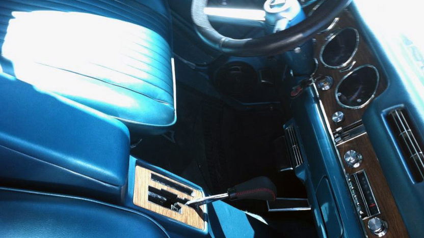 1968 Pontiac GTO 400/350 HP, Automatic presented as lot T170 at Kansas City, MO 2011 - image3