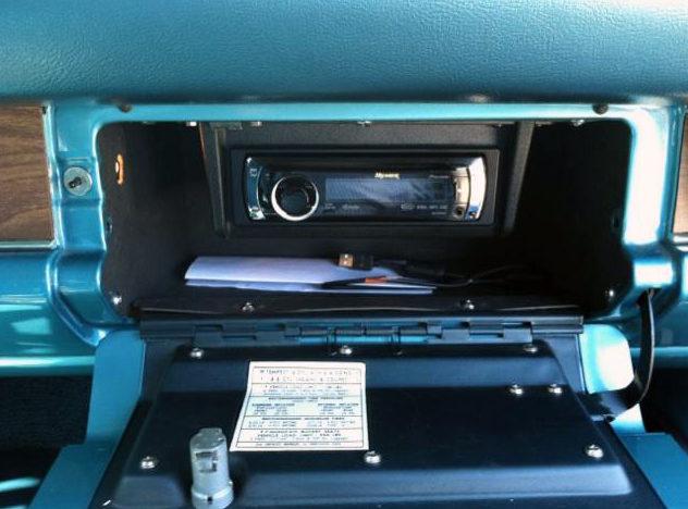 1968 Pontiac GTO 400/350 HP, Automatic presented as lot T170 at Kansas City, MO 2011 - image5