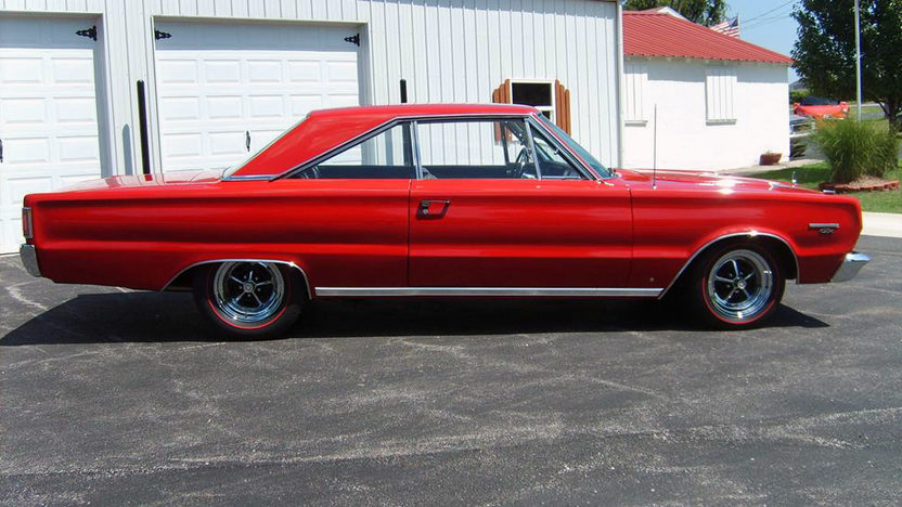 1967 Plymouth GTX 440 CI, Automatic presented as lot S93 at Kansas City, MO 2011 - image2