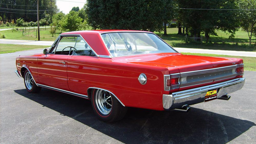 1967 Plymouth GTX 440 CI, Automatic presented as lot S93 at Kansas City, MO 2011 - image7
