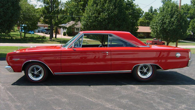 1967 Plymouth GTX 440 CI, Automatic presented as lot S93 at Kansas City, MO 2011 - image8