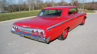 1962 Chevrolet Impala SS 2-Door Hardtop 409/409 HP, 4-Speed presented as lot S127.1 at Kansas City, MO 2011 - thumbail image2