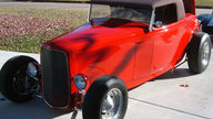 1932 Ford  Roadster presented as lot S149.1 at Kansas City, MO 2011 - thumbail image6