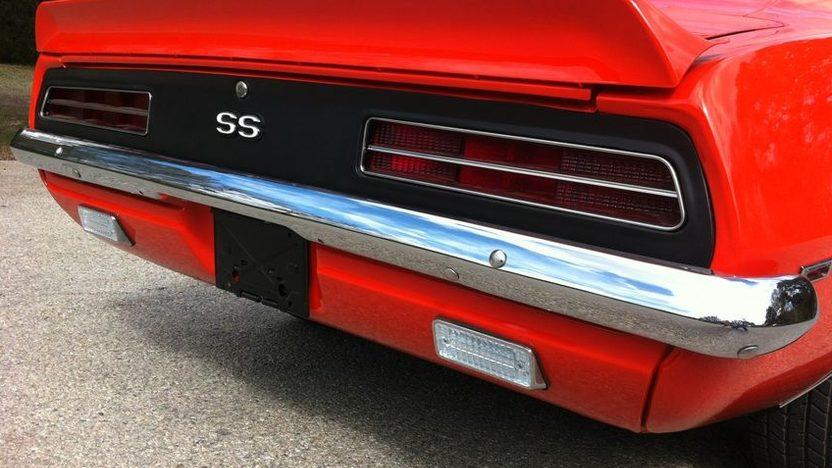 1969 Chevrolet Camaro SS Coupe presented as lot S31.1 at Kansas City, MO 2011 - image4