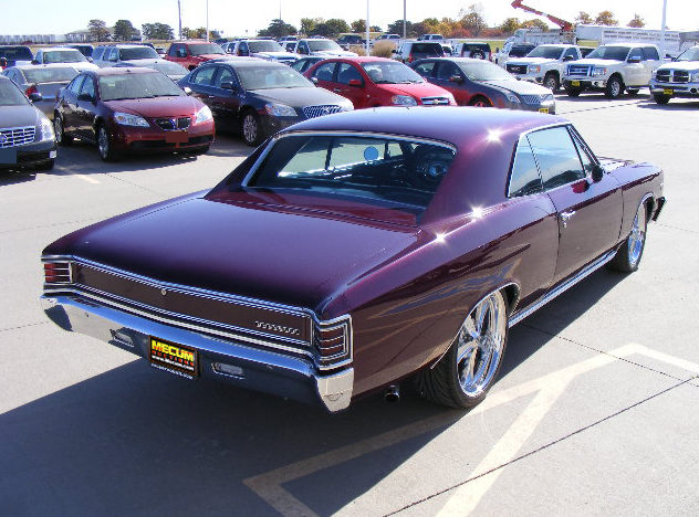 1967 Chevrolet Chevelle Coupe 350 CI, Automatic presented as lot S50.1 at Kansas City, MO 2011 - image2