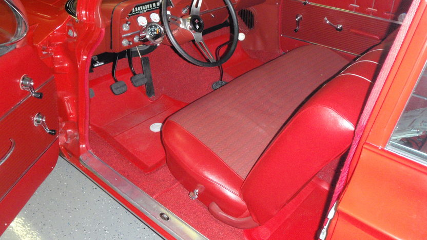 1962 Chevrolet Biscayne 2-Door Sedan 409/409 HP, 4-Speed presented as lot S62.1 at Kansas City, MO 2011 - image5