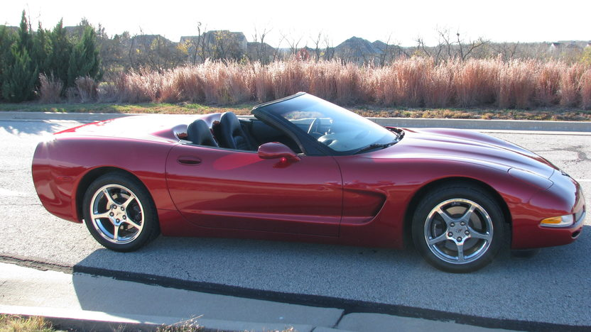 2004 Chevrolet Corvette Convertible 5.7L/350 HP, 6-Speed presented as lot S6 at Kansas City, MO 2011 - image7