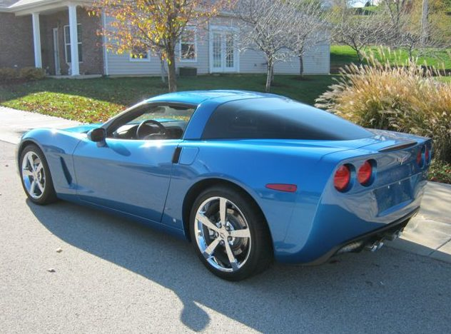 2009 Chevrolet Corvette LS3/436 HP, Automatic presented as lot F104 at Kansas City, MO 2011 - image3