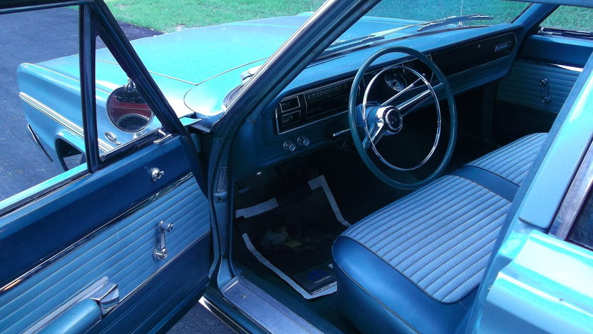 1966 Dodge Coronet 4-Door Sedan 528/600 HP, Automatic presented as lot T42 at Kansas City, MO 2011 - image5