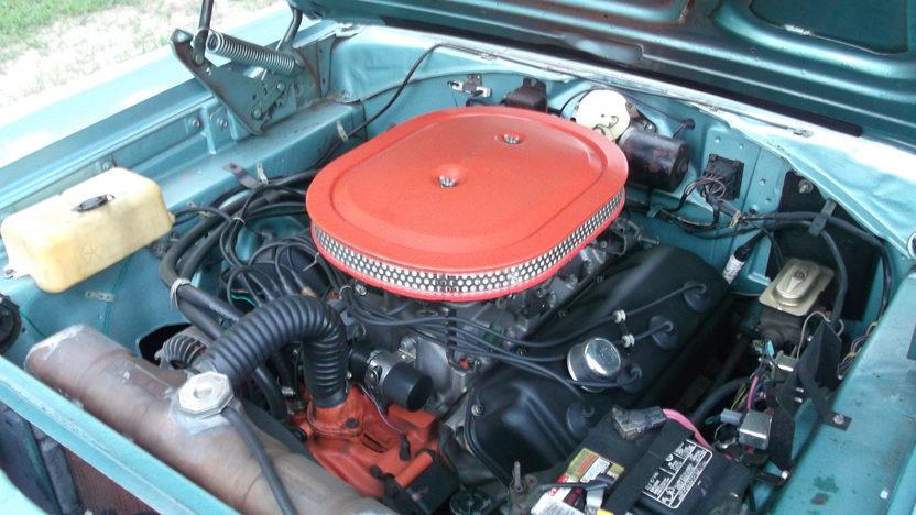 1966 Dodge Coronet 4-Door Sedan 528/600 HP, Automatic presented as lot T42 at Kansas City, MO 2011 - image6
