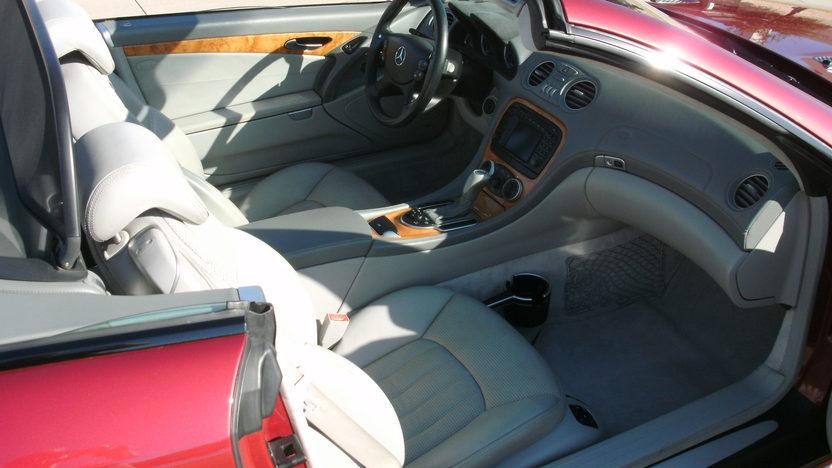 2003 Mercedes-Benz Sl55 Amg Convertible presented as lot S178 at Kansas City, MO 2011 - image5