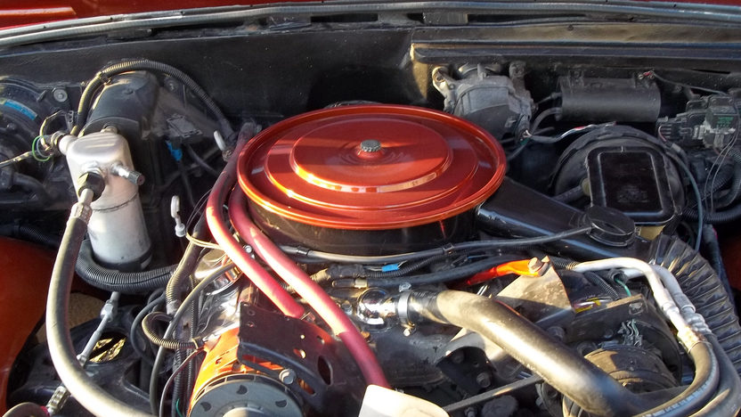 1971 Volkswagen Super Beetle Convertible presented as lot T200 at Kansas City, MO 2012 - image5