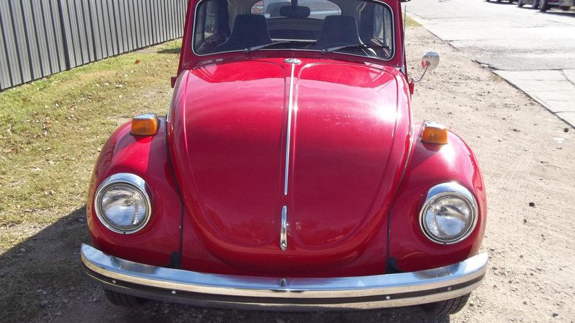 1971 Volkswagen Super Beetle Convertible presented as lot T200 at Kansas City, MO 2012 - image7
