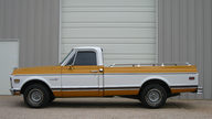 1971 Chevrolet C10 Pickup 350/250 HP, Automatic presented as lot F83 at Kansas City, MO 2012 - thumbail image2