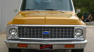 1971 Chevrolet C10 Pickup 350/250 HP, Automatic presented as lot F83 at Kansas City, MO 2012 - thumbail image6