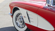 1959 Chevrolet Corvette Convertible 350 CI, Automatic presented as lot F122 at Kansas City, MO 2012 - thumbail image7