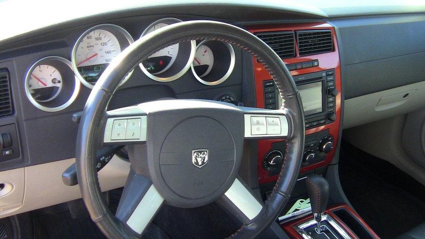 2006 Dodge Charger R/T Daytona #1,137 of 4,000 Produced presented as lot F135 at Kansas City, MO 2012 - image5